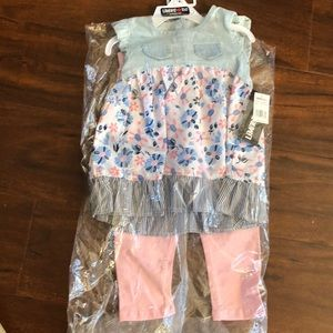 4T clothing set .Brand new with tags in bag